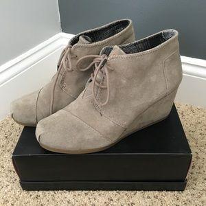 Barely worn Toms suede wedge booties